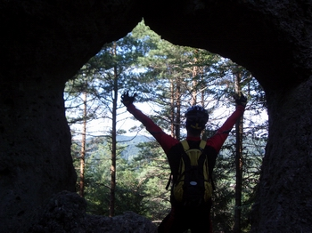 """Nicht jede Höhle ist ein Windloch. Das """"Noristörle"""" erweist sich allerdings als Sackgasse."""
